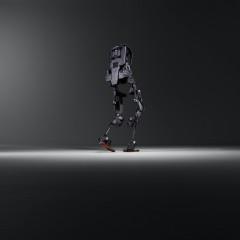 """Mit dem """"anziehbaren"""" Geh-Roboter Ekso können gelähmte Patienten wieder aufstehen und gehen.  -  WeissenbachPR@flickr CC-BY-NC -"""